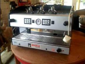 machine a caf professionnelle roma d 39 occasion. Black Bedroom Furniture Sets. Home Design Ideas